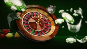 Terninger, roulettebord og pengar i luften.